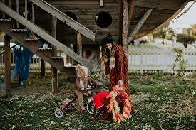 best halloween costumes for family of 4 the best family halloween costumes for 2016 lost boys are we