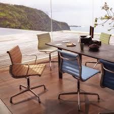 vitra bureau aluminium chair ea 104 pivotant fauteuil de bureau vitra bureaus