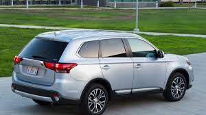 2017 white mitsubishi outlander 2017 mitsubishi outlander gt s what you need to know about