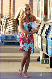 Footballers  Wives  Style   Page       the Fashion Spot Just Jared