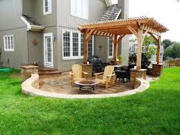 good backyard deck ideas ground level 880x920 graphicdesigns co