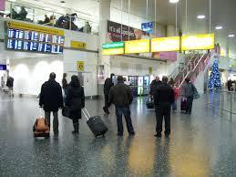 file gatwick south terminal international arrivals concourse jpg