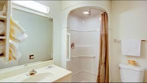 motel 6 st george hotel in st george ut 43 motel6 com motel6 st george bathroom image