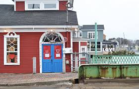 kennebunkport maine in winter paint the town red new england