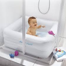 bassine pour bain de si e le bain de bébé quand on n a pas de baignoire