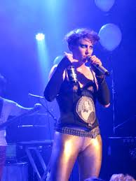 file amanda palmer equipped with german beer during an
