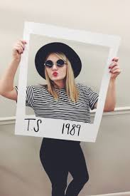the 10 easiest last minute costumes to throw together taylor