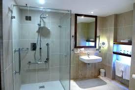 chambre handicap chambre handicape hotel norme sanantonio independent pro