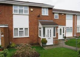 three bedroom houses find 3 bedroom houses for sale in luton bedfordshire zoopla