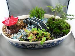 this dish garden looks like an outside replication includes