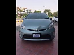toyota prius sales 2013 toyota prius cars for sale in lahore verified car ads pakwheels