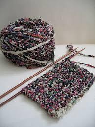 Crochet Rugs With Fabric Strips Best 25 Fabric Yarn Ideas On Pinterest Diy Rugs Rug Yarn And
