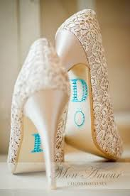 wedding shoes rhinestones best 25 rhinestone wedding shoes ideas on