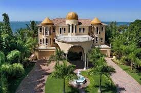 Florida Mediterranean Style Homes - porte cochere of a mediterranean style private residence in
