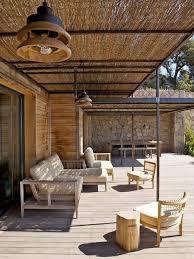 comment fermer une pergola abri de terrasse avec canisses mon jardin pinterest abri de