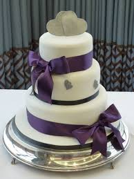 wedding cakes u0026 favours cakes by lynn wexford