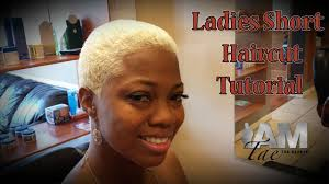 short barber hair cuts on african american ladies ladies short haircut tutorial by iamtaethebarber youtube