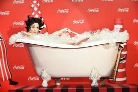 Coca Cola Halloween Costume Dress Kyary Pamyu Pamyu Transforms Betty Boop Performs