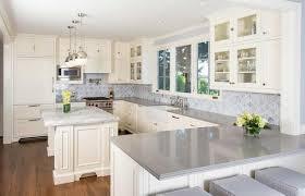 cuisine bois blanche idées de conception de cuisine meuble mural en bois blanc