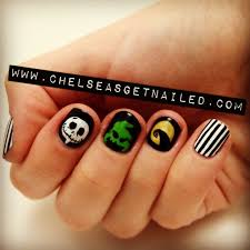 143 best character nail art images on pinterest holiday nails