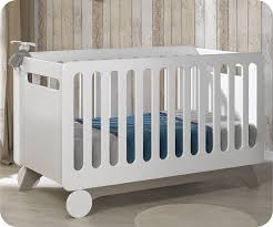 chambre bébé blanche pas cher lit bébé évolutif 70x140 cm pepper blanc
