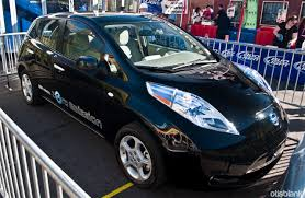 nissan leaf quick charger the nissan leaf at the 4th avenue street fair in tucson otis blank