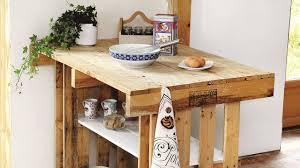 cuisine en palette table de cuisine en palette cheap desserte de cuisine bois les