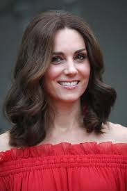 coupe de cheveux halle berry hadid kate middleton les coupes de