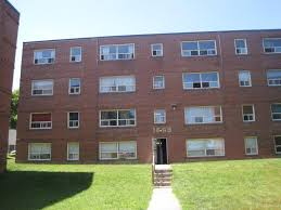 1 Bedroom Apartments For Rent In Kingston Ontario 1445 1481 Kingston Road Toronto On Walk Score