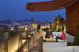 Top Rooftop Bars Singapore Best Rooftop Bars In America With Great Views And Drinks