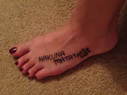 tattoo sentences ideas hakuna matata lion king tattoo disney pinterest king tattoos