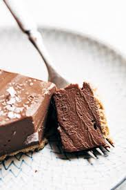 mind blowing vegan chocolate pie recipe pinch of yum