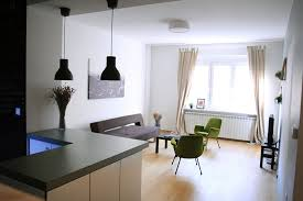 modern and cozy apartment for rent perfect for 3 students room