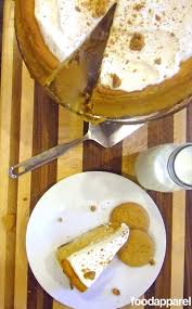 Gingersnap Pumpkin Cheesecake by Pumpkin Cheesecake With Gingersnap Crust And Cinnamon Whipped