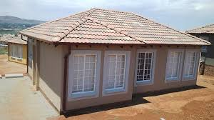 3 bedroom ensuite 2 bathroom tuscan houses in glenway estate in