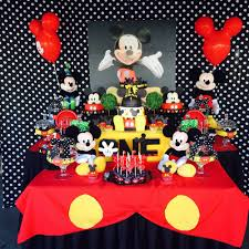Minnie Mouse Halloween Birthday Party by These Mickey Mouse Clubhouse Birthday Party Signs Are Perfect For