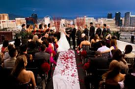 las vegas wedding registry how to throw a big or small vegas wedding