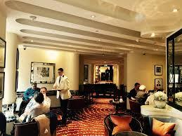 25 the american bar at savoy hotel