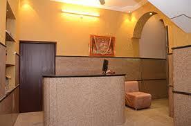 Customer Service Desk Hotel Kartikey