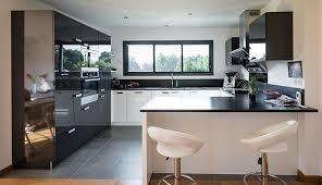 cuisine deco design salon sejour cuisine ouverte 11 89 reims peinture contemporain 42m2