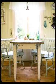 Cottage Kitchen Tables by 136 Best Tables Chairs Islands Cabinets Images On Pinterest