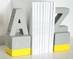 Book End Faux Concrete Diy Book Ends Diycandy Com
