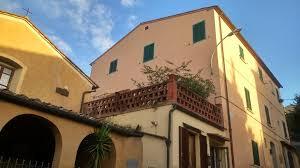 terrazza carducci clivi toscani affittacamere castagneto carducci italy booking