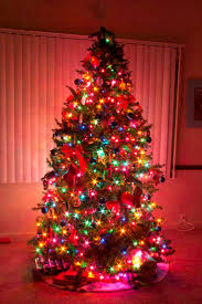 christmas trees with colored lights decorating ideas ideas for decorating a christmas tree with multi colored lights