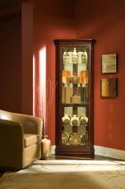 Curio Cabinet Corner Pulaski Victorian Cherry Corner Curio Cabinet 20205