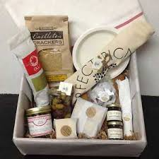 engagement gift baskets the gift insider