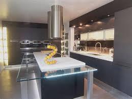 cuisine avec table ilot cuisine centrale 12 ilot central cuisine design