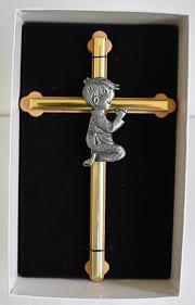 cross with praying boy 6
