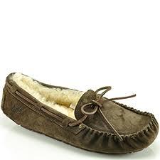 ugg australia dakota sale ugg australia womens shoes at footnotesonline s designer shoes
