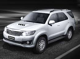 toyota white car toyota fortuner old vs new comparison